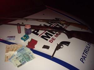 Posse de arma de fogo (Foto: Polícia Militar/divulgação)