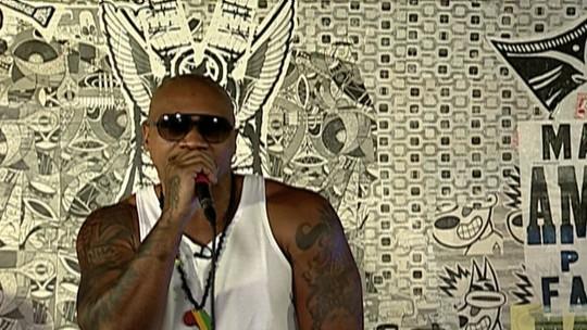 Hoje em dia as pessoas fazem rap para conquistar namorada, diz MV Bill