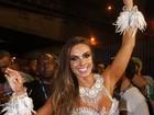 Bahls recebe mensagem de Luma de Oliveira antes de desfile na Sapucaí