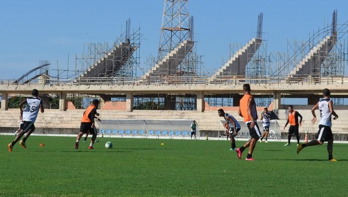 São Raimundo treina com foco na Copa do Brasil (Foto: Michael Douglas/GloboEsporte.com)