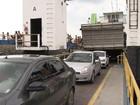 Volta do feriado tem movimento intenso no ferry e na BR-324