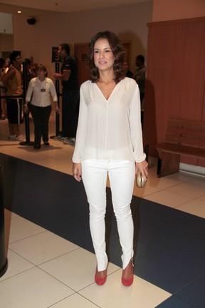 Andreia Horta na estreia do filme Muita Calma Nessa Hora 2 (Foto: Isac Luz / EGO)