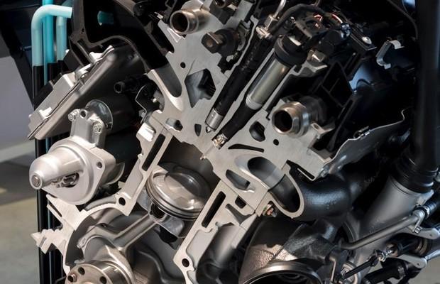 Motor do protótipo BMW Série 1  (Foto: Divulgação)