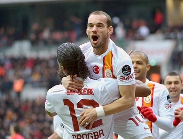 Sneijder jogo Galatasaray (Foto: Divulgação)