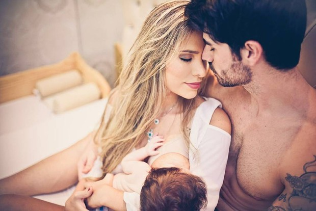 Adriana Santana e Rodrigão com o filho (Foto: Instagram / Reprodução)