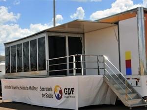 Carreta da Mulher, no dia da inauguração do programa no DF (Foto: Gerson Lucas/GDF)