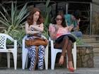 Carolina Ferraz e Camila Morgado gravam 'Avenida Brasil'