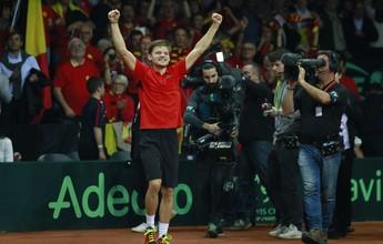 Estreante surpreende, mas Goffin vira e coloca Bélgica em vantagem na final