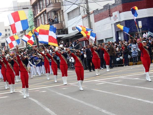 Desfile cívico dos 115 anos de Campo Grande (Foto: Lucas Lourenço/G1 MS)