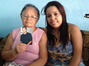 A neta e avó foram contaminadas pelo vírus da dengue no mesmo período (Foto: Tatiana Santiago/G1)