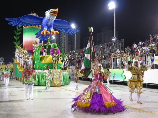 X-9 falou da influência do Carnaval carioca em Santos (Foto: Orion Pires/G1)