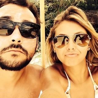 Louise D'Tuani e Eduardo Sterblitch (Foto: Instagram / Reprodução)