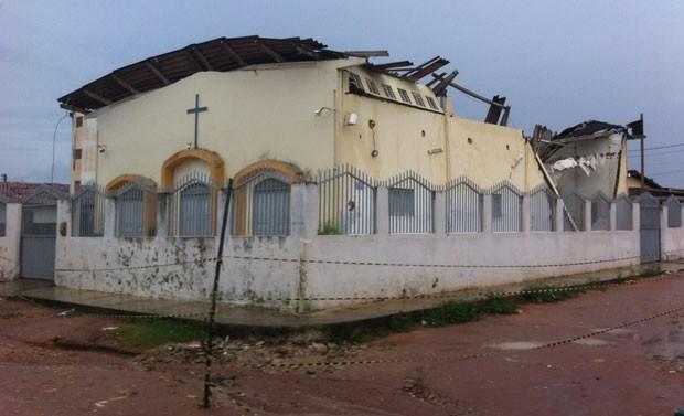 Igreja de São Bartolomeu fica no conjunto Vila Paraíso, na zona Norte de Natal (Foto: Matheus Magalhães/G1)