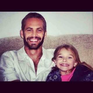 Paul Walker a filha Meadow em foto antiga (Foto: Reprodução / Facebook)