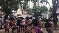 Mulheres fazem ato público e protestam contra crimes de gênero na 'Marcha das Vadias'