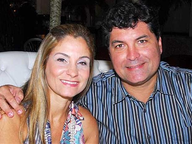 Ana Lucia ao lado do marido, presidente do trem do Corcovado, Savio Neves (Foto: Reprodução/Facebook)