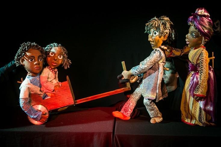 teatro infantil menino coragem articulante 3 (Foto: João Valério)