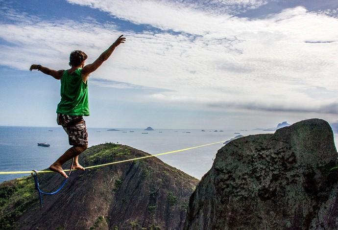 Carlos Neto slackline (Foto: Arquivo Pessoal)