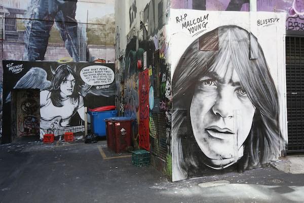 Uma homenagem a Malcolm Young do AC/DC em Melbourne na Austrália (Foto: Getty Images)