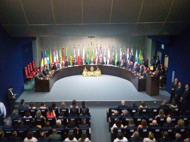 Solenidade acontecde no audiório do Tribunal de Justiça (Foto: Carlos França/TV Sergipe)