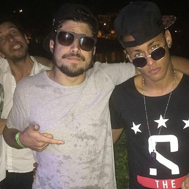 Neymar e Caio Castro (Foto: Reprodução/Instagram)
