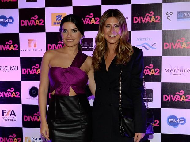 Vanessa Giácomo e Fernanda Paes Leme em pré-estreia de filme em São Paulo (Foto: Francisco Cepeda/ Ag. News)
