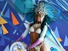 Passista fitness se prepara para o carnaval e perde cinco quilos