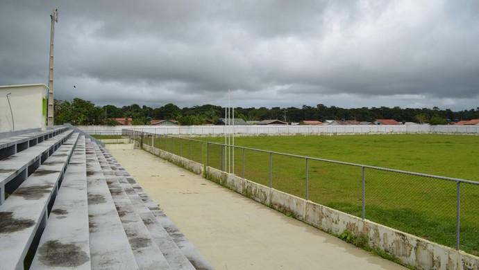 Estádio Nabor Júnior, o Naborzão, em Tarauacá (Foto: Yuri Marcel/G1)