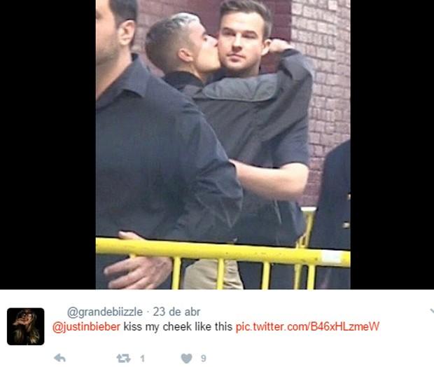 Beijo de Justin Bieber no pastor Rich Wilkerson deixa fãs eufóricos (Foto: Reprodução)