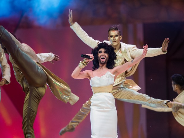 Conchita Wurst, travesti barbado que ganhou a última edição do Eurovision (festival europeu de música), foi um dos destaques do evento,  (Foto: Cristian Bruna/AFP)