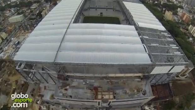 Ministro acredita que Arena estará pronta para a Copa (Foto: Reprodução/G1)