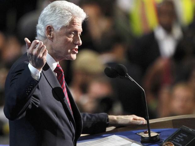 Bill Clinton discursa na convenção democrata, que oficializa Barack Obama como candidato à Presidência dos EUA (Foto: Jonathan Ernst/Reuters)
