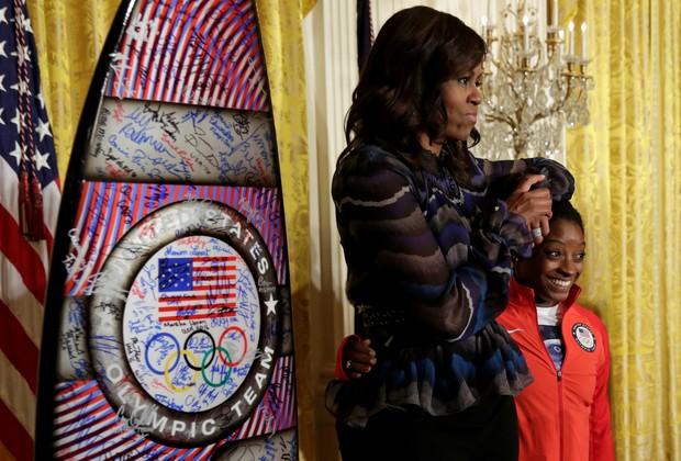 Michelle e Barack Obama recebem atletas na Casa Branca para celebrar os recordes atingidos durante a Olimpíada Rio 2016 (Foto: Reuters)