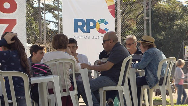 Um verdadeiro centro gastronômico a céu aberto (Foto: Divulgação/RPC)