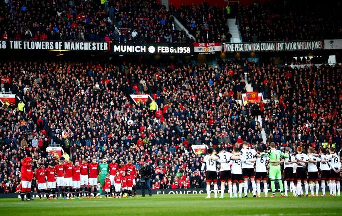 Homenagem Manchester United Fulham mortos 1958 (Foto: Reuters)