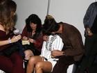 Guilhermina Guinle troca carinhos com o marido durante show no Rio