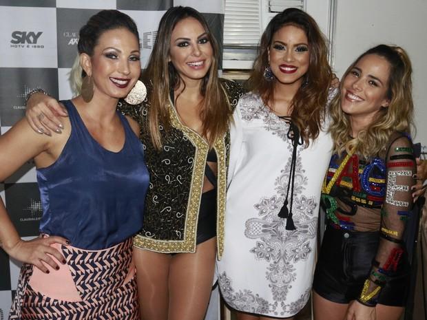 Valesca Popozuda, Alinne Rosa, Larissa Melo e Wanessa em show em Salvador, na Bahia (Foto: Fred Pontes/ Divulgação)