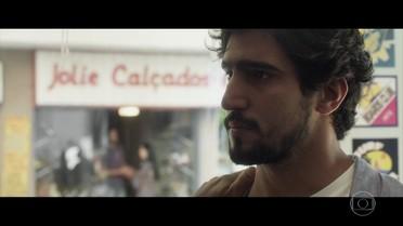 Renato questiona Toni sobre mentira que o separou de Alice