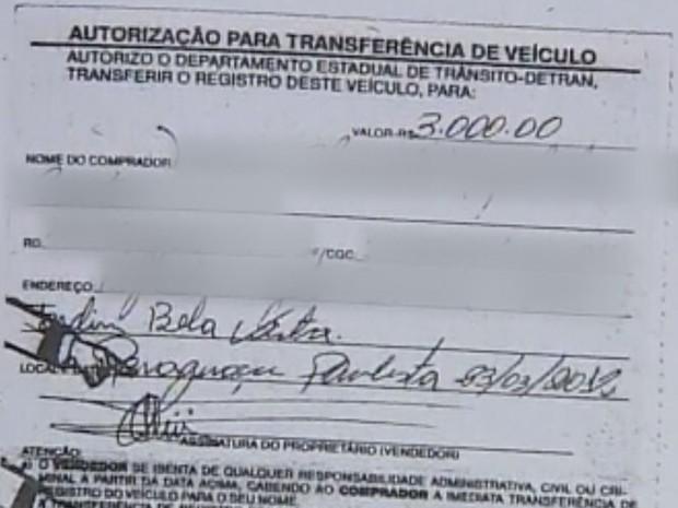 Uma das testemunhas pediu que fosse paga a transferência de um veículo  (Foto: Reprodução / TV TEM)