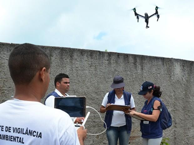 Drone vai ajudar a identificar focos do mosquisto da dengue em Joaõ Pessoa (Foto: Gilberto Firmino/Secom-JP)