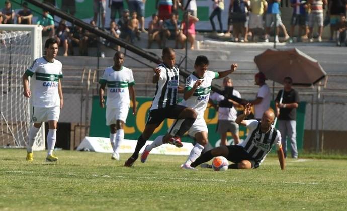 Maringá e Coritiba (Foto: Site oficial do Coritiba/Divulgação)