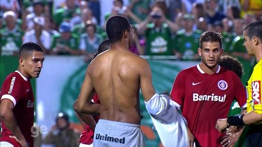 De Figueroa a He-Man: Inter tem histórico de jogadores de linha que arriscam no gol