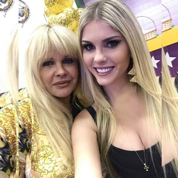 Monique e Bárbara Evans (Foto: Reprodução/Instagram)