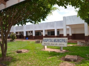 Hospital Municipal de Rolim de Moura está interditado pelo Cremero (Foto: Fernanda Bonilha)