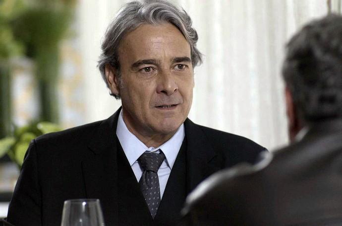 Aparício conversa com Guido (Foto: TV Globo)