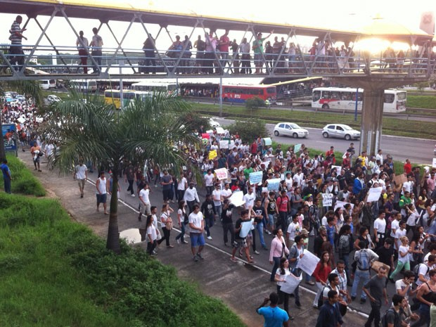 Movimento Passe Livre Salvador, na Bahia (Foto: Egi Santana/G1 BA)