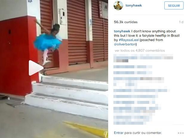 Tony Hawk publicou o vídeo de Rayssa Leal em duas redes sociais (Foto: Reprodução)