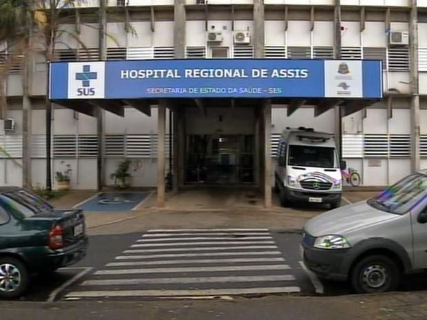 Suspeito está internado no hospital sob escolta (Foto: Reprodução / TV TEM)