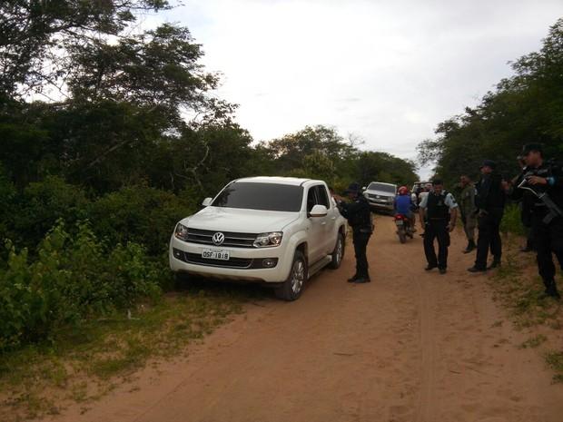 Suspeitos foram abordados em estradas viscinais na divisa com o Ceará (Foto: Polícia Civil / Divulgação)