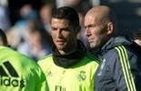 """Messi? Zidane prefere Cristiano Ronaldo: """"É o melhor do mundo"""" (AP)"""